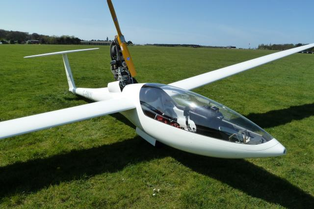 Gliders For Sale >> Gliders Dg400 For Sale Advert Id 37950